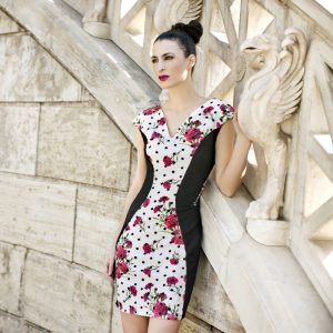 Dress for woman with flowers