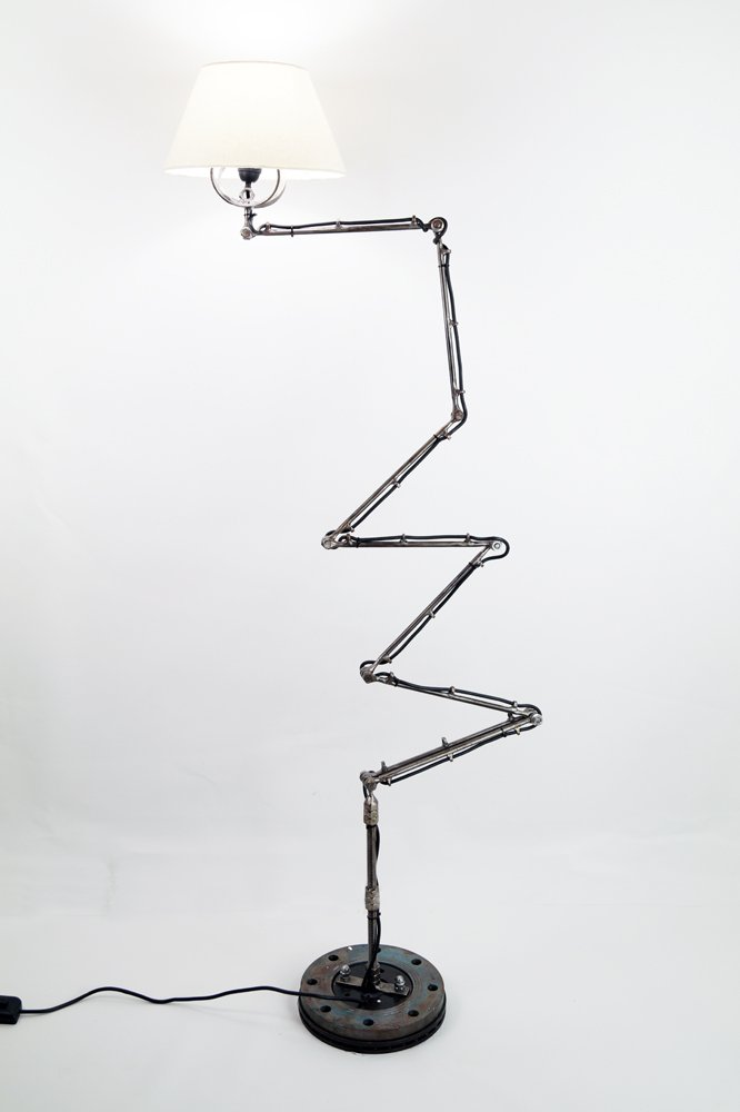 Floor lamp sculpture by Giannis