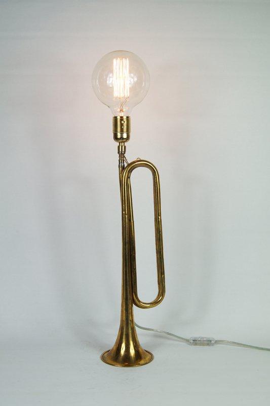 Desklamp retro trumpet