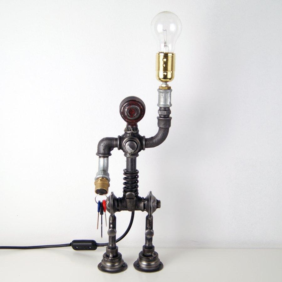 Metal pipe lamp