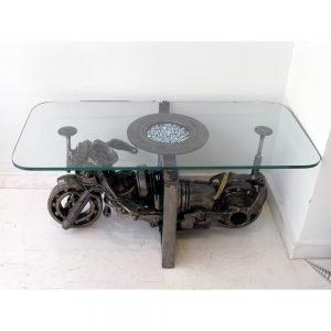Μεταλλικό τραπέζι μοτοσυκλέτα